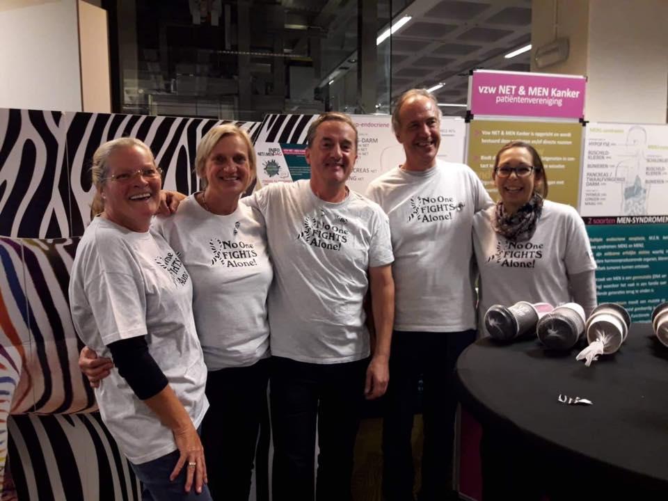 Team vrijwilligers infostand NET & MEN Kanker patiëntenvereniging - UZA 2018 awareness actie NET Cancer Day